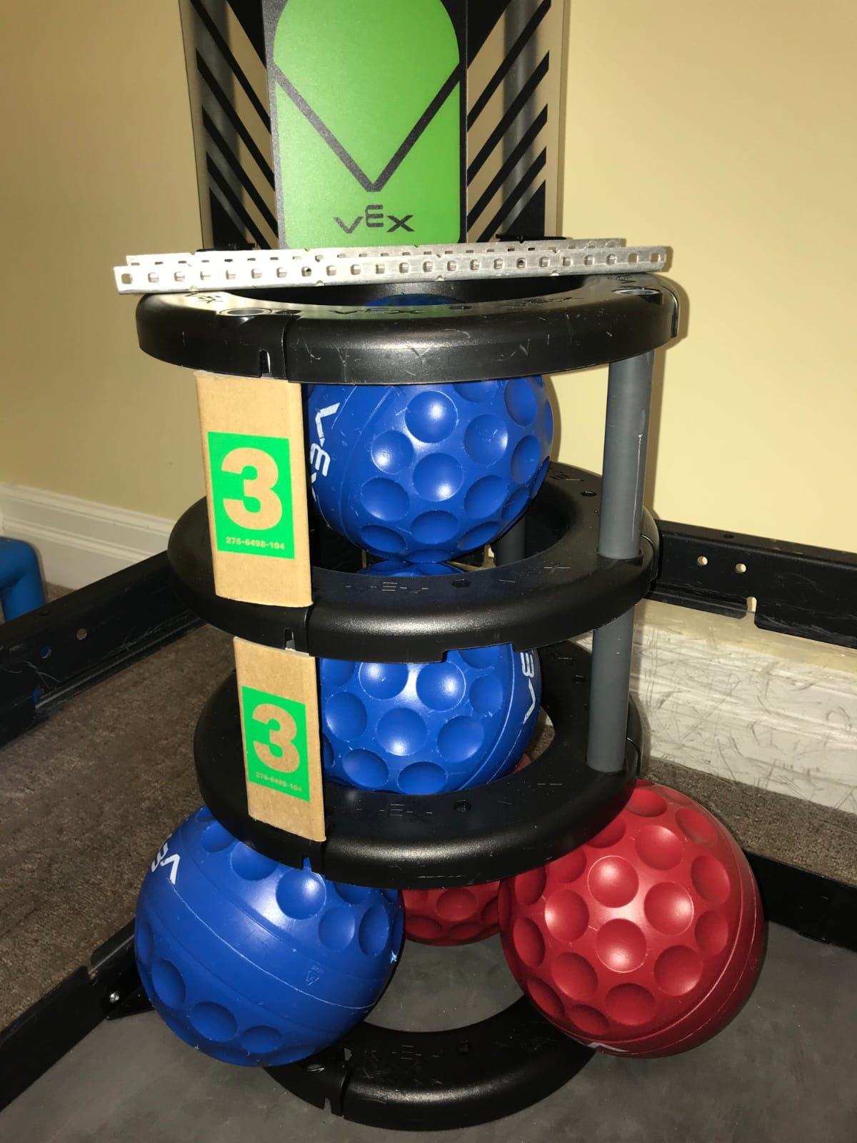 5 balls corner